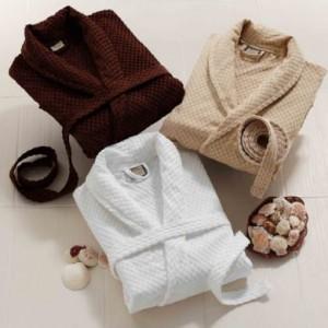 เสื้อคลุมอาบน้ำ bathrobe